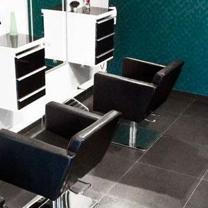 meble w salonie fryzjerskim 07