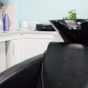 meble w salonie fryzjerskim 01